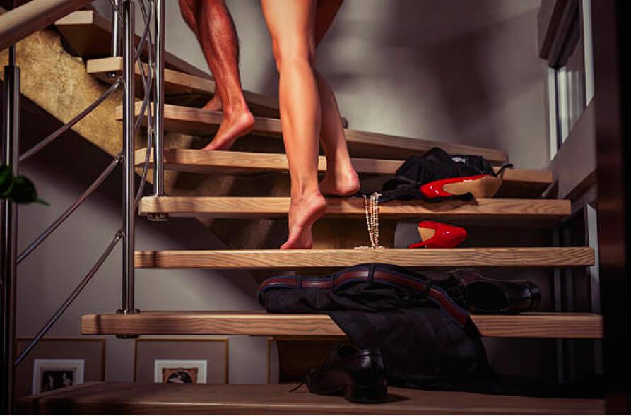 Première rencontre avec une femme mariée : assurer sexuellement !